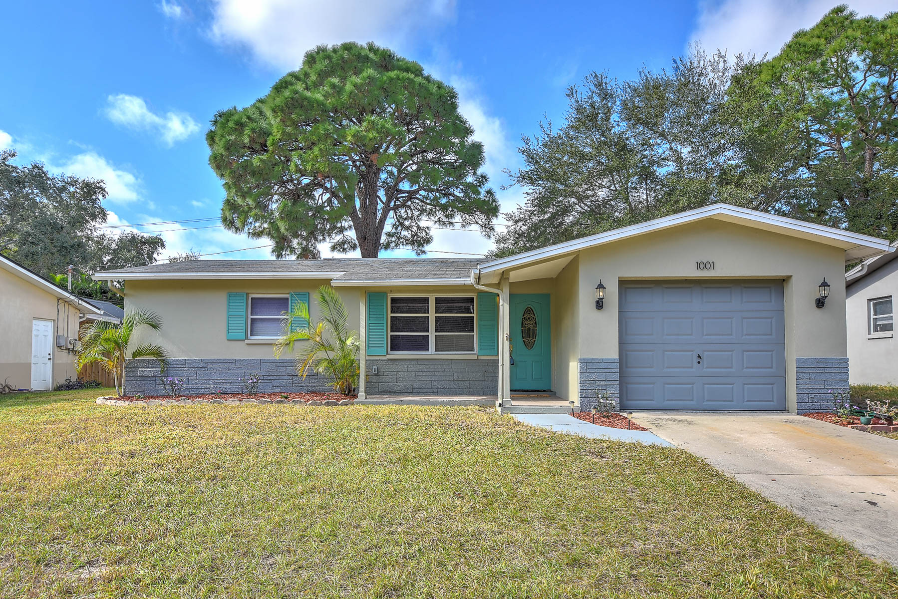 NEW TO THE MARKET: 1001 SAN MARCO DRIVE, LARGO, FL 33770